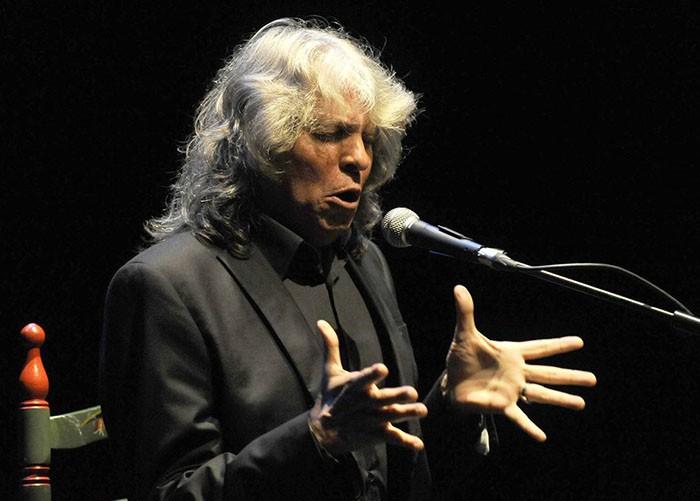 José Mercé y Pablo Alborán interpretan juntos 'Tu frialdad' de Triana