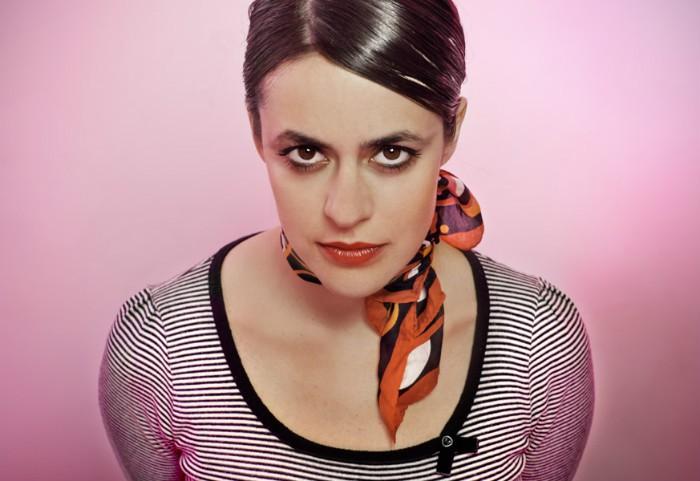Maika Makovski ya tiene 'Chinook wind' en tiendas españolas y lo presentará en directo