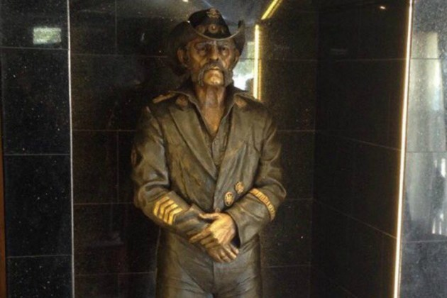 Lemmy-Statue