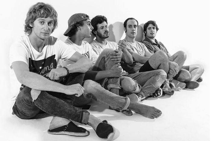 Taburete grupo banda
