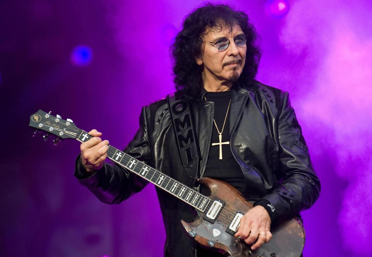 """Tony Iommi: """"Tocábamos los temas que Ozzy podía cantar"""""""