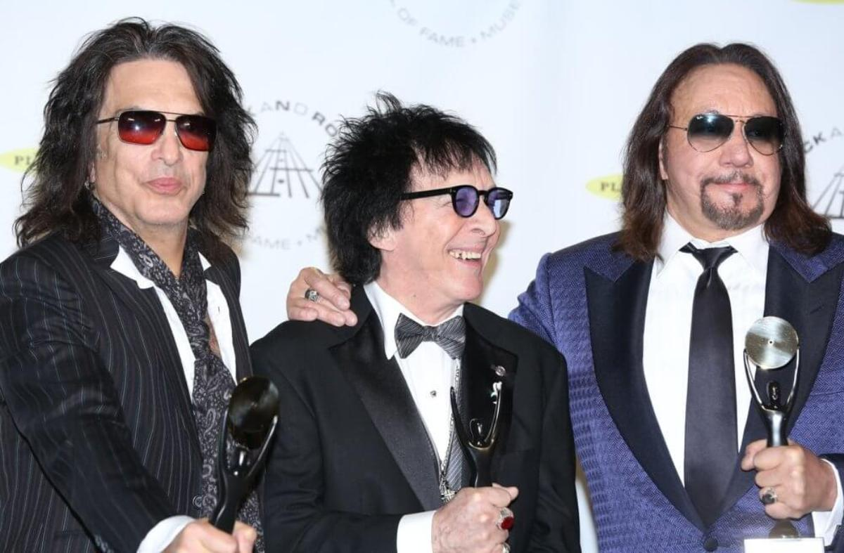 Paul Stanley Peter Criss Ace Frehley