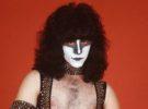 Eric Carr, recordamos cómo evitó convertirse en el «hombre pollo» cuando entró en Kiss