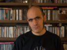 Hablamos con Javier Escorzo, autor del libro Balmoral, Loquillo, por un instante, la eternidad