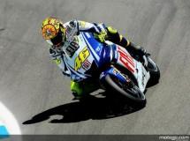 Rossi da el primer toque en Laguna Seca y domina los entrenamientos libres