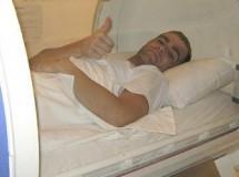 Fonsi Nieto sigue su recuperación en una cámara hiperbárica