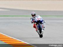 Jorge Lorenzo muy enfadado con Rossi por las últimas vueltas en Motegi