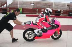 Ana Carrasco entrena en el Circuito de Albacete