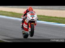 Stefan Bradl gana la carrera de Moto2 en Estoril con Simón 2º y Takahashi 3º