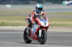 Carlos Checa gana la primera manga de las SBK en Miller Motorsport Park 2011