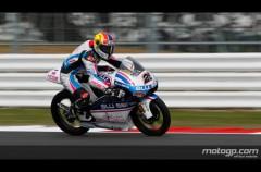 Maverick Viñales marca la pole position de 125cc en Silverstone