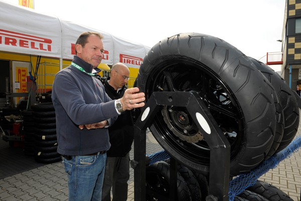 Pirelli renueva con el Mundial de Superbikes hasta 2015