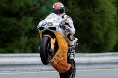 Jakub Smrz controla la FP1 de Superbikes en Brno