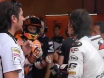 Vídeo del encuentro calentito entre Stoner y Abraham en Mugello