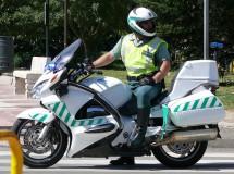 La DGT de campaña por y para la moto