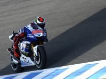 Lorenzo se autoregala la pole de MotoGP en Jerez, con Pedrosa 2º y Márquez 3º