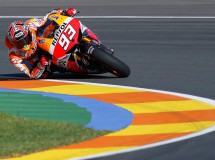 Marc Márquez vuela en Valencia y consigue la pole MotoGP, Lorenzo 2º y Pedrosa 3º