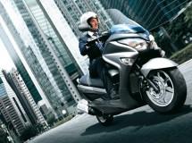 La nueva Suzuki Burgman 125 ABS ya está disponible