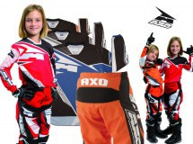 AXO presenta su SR Junior, el motocross como los mayores