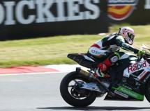 Shane Byrne gana la carrera 1 BSB en Brands Hatch Indy