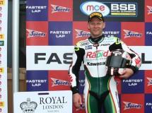 Shane Byrne es el poleman BSB 2014 en Oulton Park
