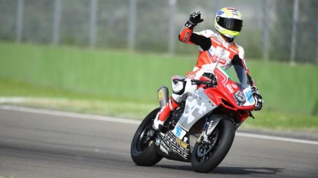 Jules Cluzel seguirá con MV Agusta en 2015, pero ¿SBK o SSP?