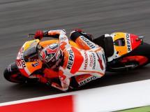 Marc Márquez consigue la pole MotoGP en Mugello, Iannone 2º y Lorenzo 3º