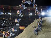 Tom Pagés brilla y gana en el X-Fighters 2014 de Madrid con el bike flip