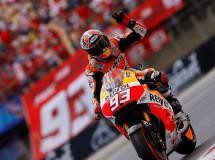 Marc Márquez gana una carrera MotoGP muy peleada, Rossi 2º y Pedrosa 3º