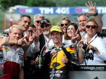Tito Rabat triunfa en la carrera Moto2 de Mugello, con Salom 2º y Folger 3º