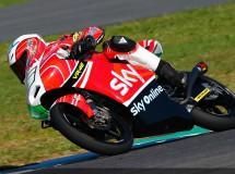 Fenati gana una carrera Moto3 de locura en Mugello, Viñales 2º y Rins 3º