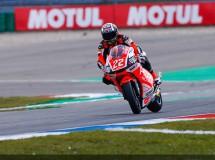 Miller, Rossi y Lowes controlan la FP3 MotoGP en Assen