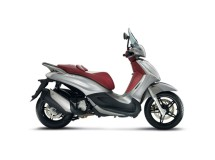 La Piaggio Beverly, la referencia de scooter rueda alta