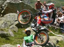 Adam Raga gana la cita del Mundial de Trial en Francia