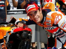 Marc Márquez gana la locura de MotoGP en Sachsenring, Pedrosa 2º y Lorenzo 3º