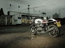 Triumph presenta su nueva Thruxton Ace