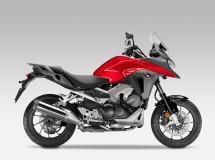 Honda presenta la renovada VFR800X Crossrunner 2015