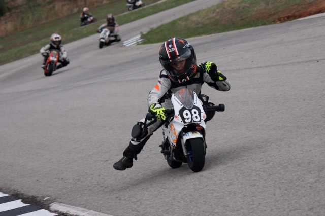 José Antonio Rueda, campeón de minimotos