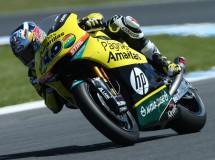 Maverick Viñales triunfa en la carrera Moto2 Australia, Rabat 3º y más líder