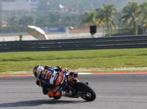 Jack Miller marca la pole Moto3 en Sepang y da guerra a Márquez