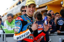 Miller gana la carrera Moto3 en Valencia, Álex Márquez Campeón