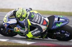 Los pilotos MotoGP prueban los neumáticos Michelin en Sepang