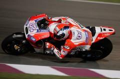 Andrea Dovizioso marca el mejor registro del día 2 de test MotoGP en Qatar
