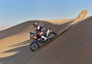 Paulo Gonçalves gana la etapa 3 del Abu Dhabi Desert Challenge, Coma líder