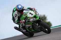 Kenny Noyes gana la carrera 1 del Europeo SBK en Portimao, Morales 2º y Pietri 3º
