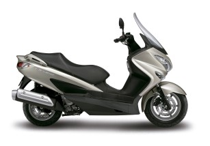 Nuevo color para la Suzuki Burgman 125/200