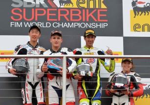 Javier Orellana consigue la victoria de la European Junior Cup en Donington Park