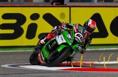 Jonathan Rea gana la carrera 1 de SBK en Imola, Sykes 2º y 3º Giugliano