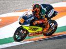 Andrea Migno marca la pole de Moto3 en Valencia, Ramírez 2º y Masiá 3º