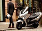 La marca Suzuki presenta la renovación de su mítico maxiscooter Burgman 400